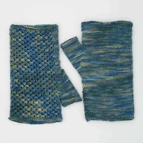 Natica Mittens - Knitting