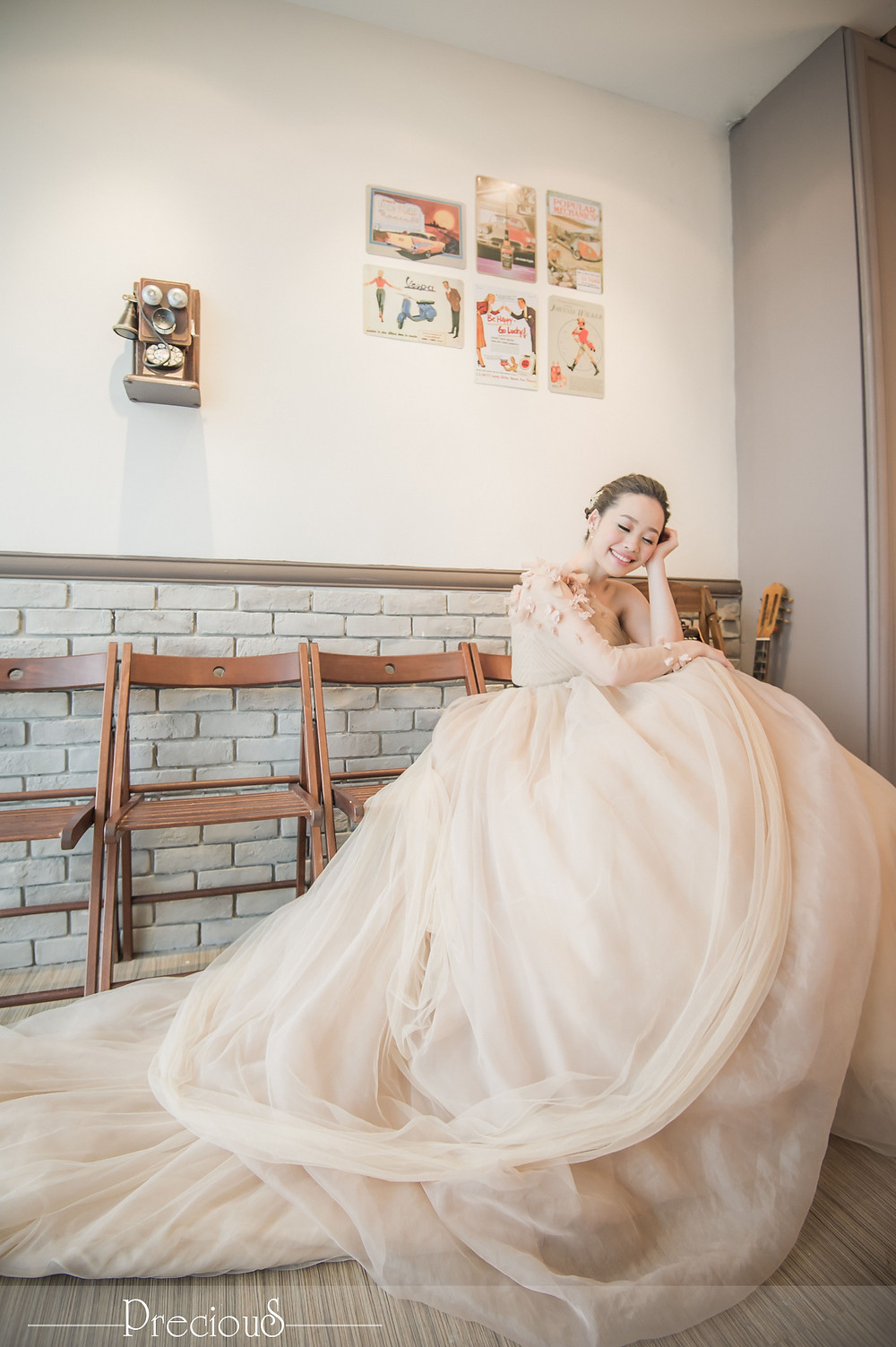 PRECIOUS WEDDING | One shoulder long sleeve tulle dress