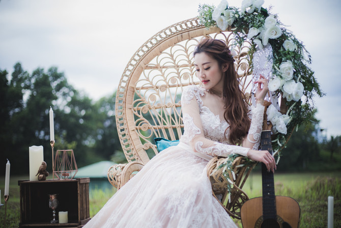 Expand wedding props possibilities with Precious Personalised Theme Photo Shoot | Precious Wedding