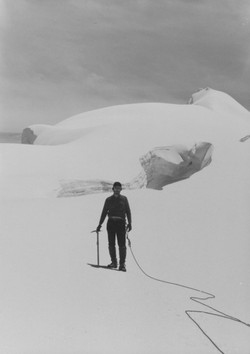 9B. RMC on Ice Field below Ritacumba Blanca