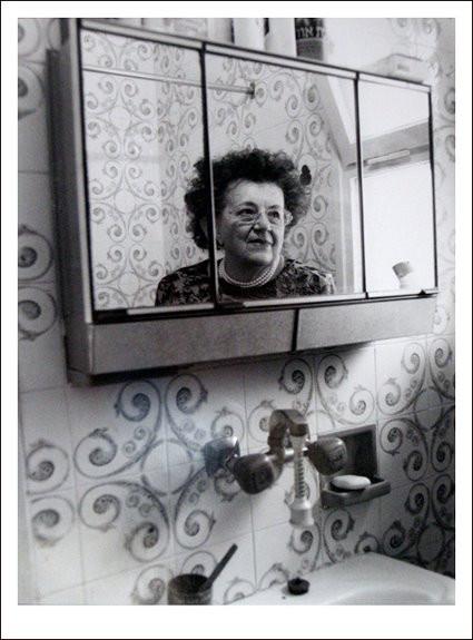 """סבתא """"ריצ'י"""", 2004, צלמת: לימור פרידמן"""