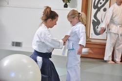 Belt tying