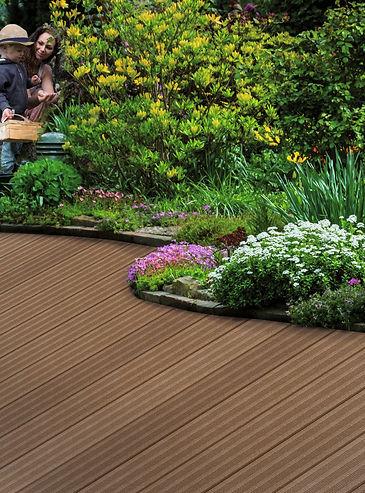 Lames de terrasse bois composite brun