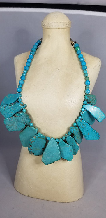 Howlite Plate Necklace