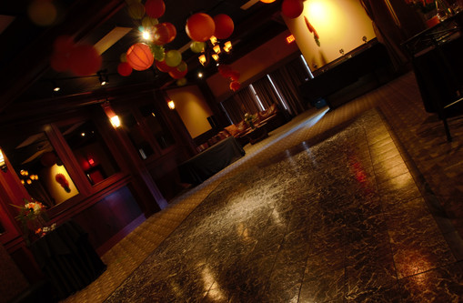 Variable-size Dance Floor Available