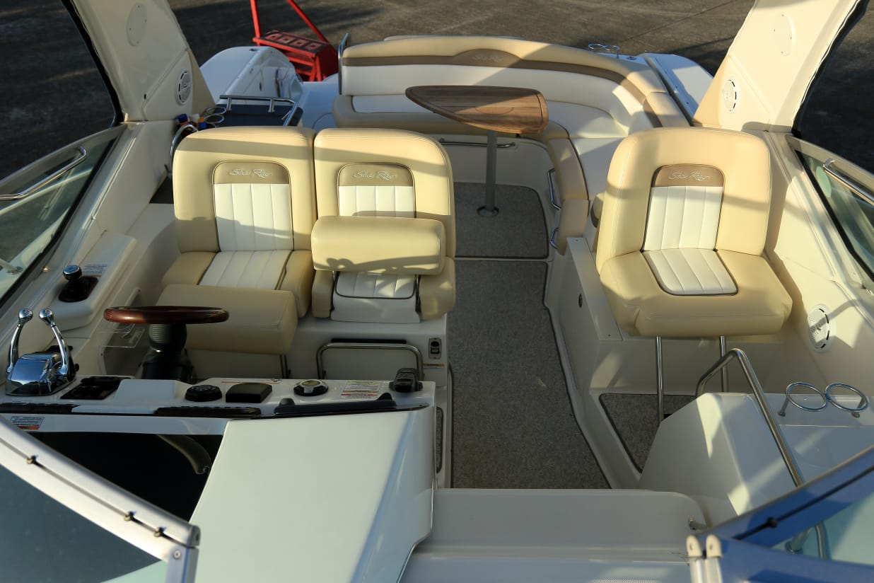 SEA RAY SUNDANCER 370 2012 2 X MERC 350
