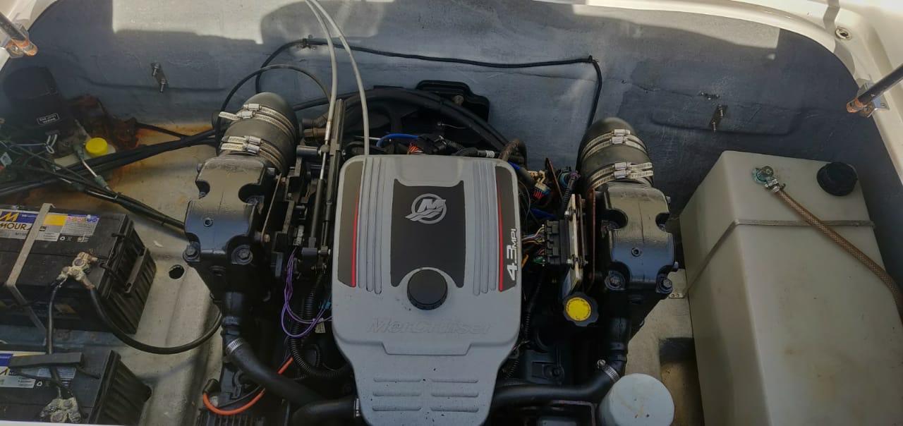 10269 - FS 230 210 MERC 4.2 220 HP (11).