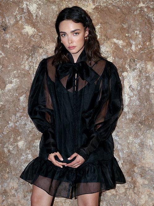 Anne black dress