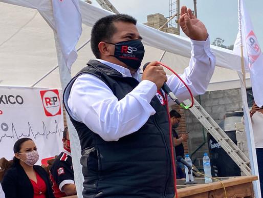 El  vínculo entre comunidades olvidadas y Congreso, el proyecto de Enrique Guerrero