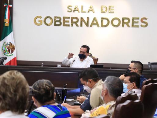 Carlos Mendoza Davis, gobernador de BCS, es positivo a covid-19