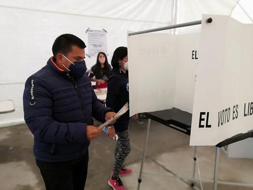 Vota Enrique Guerrero en Xochimilco