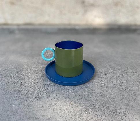 Renkli Kahve Fincanı ve Tabağı