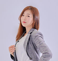 profile_Hong Ji-young-2.jpg