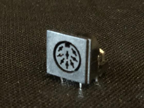 "8 pin ""U"" 262 degree A/V PCB Socket"