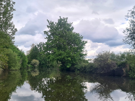 No-one told me about the bloody portages!(Or Paddling the River Medway Canoe Trail)