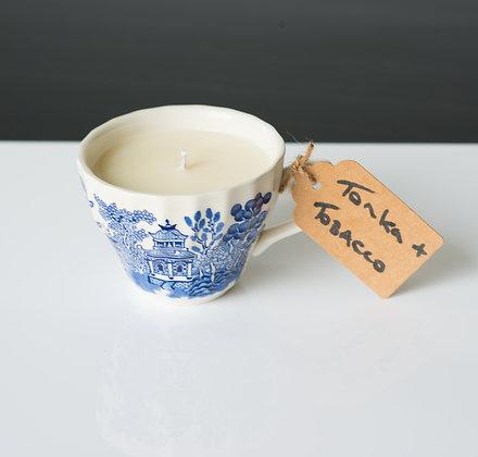 Oriental tea cup with Tonka & Tobacco flower
