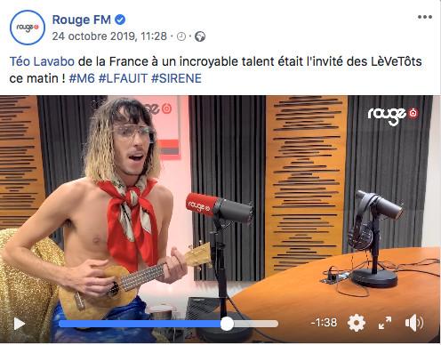 Téo Lavabo chante sa chanson chez Rouge FM Radio