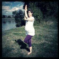 garudasana 9 miesiąc ciąży