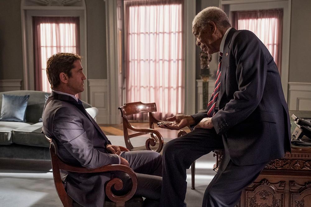 """Gerard Butler e Morgan Freeman em """"Invasão ao Serviço Secreto"""""""