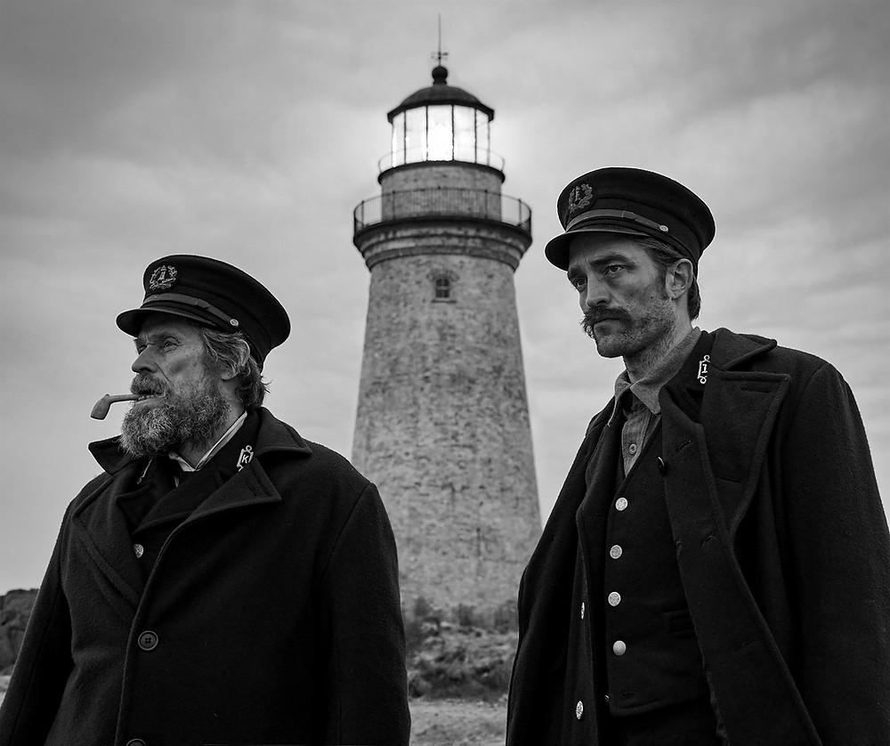 "Willem Dafoe e Robert Pattinson em ""O Farol"""
