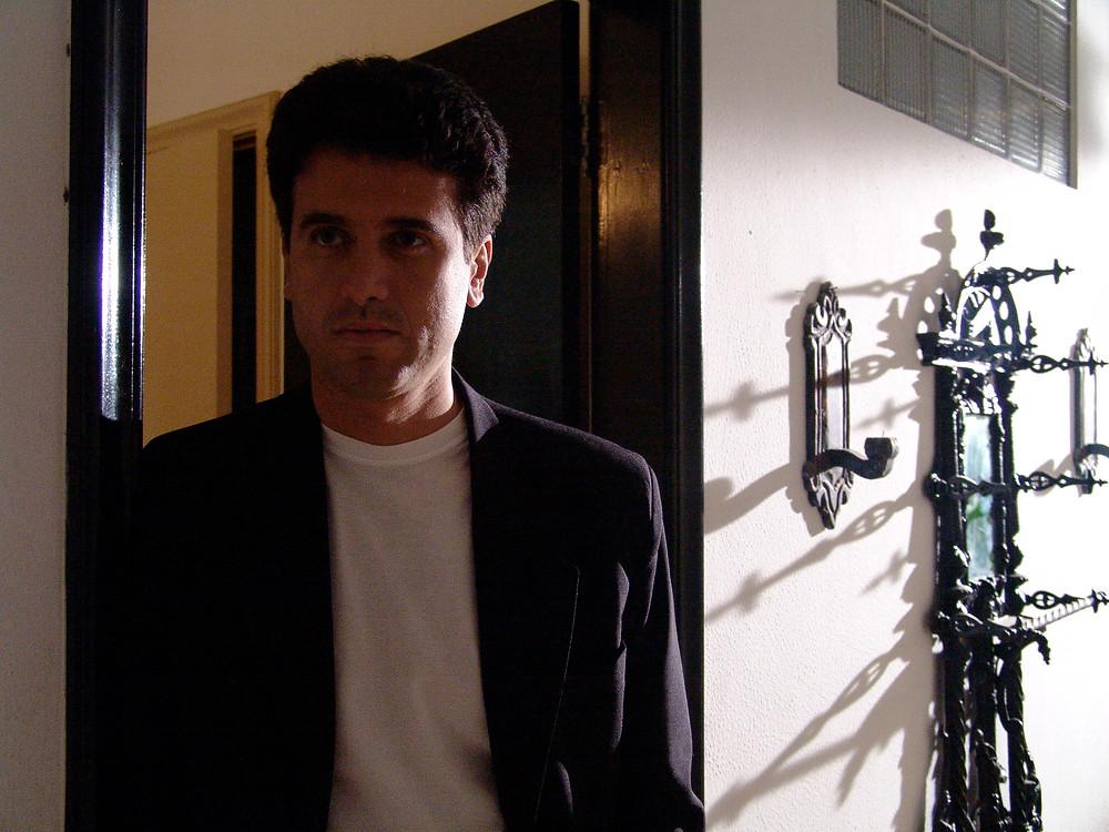 """Eriberto Leão em cena de """"Intruso"""""""