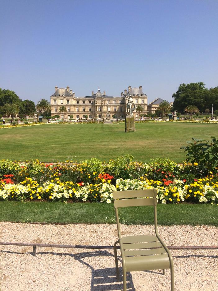 """""""Nós sempre teremos Paris"""": caminhos e descobertas na Cidade Luz"""