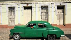 Cuban vintage green car, Trinidad, Cuba