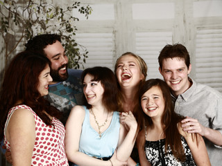 11 STEPS TO SURVIVING AN EXTENDED FAMILY PHOTO SHOOT