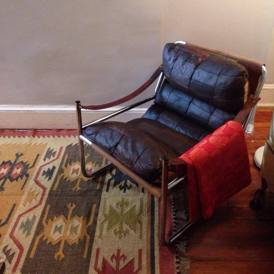 Item: Chrome and leather chair