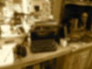Showroom%20-%20Typewriter%20(2).JPG