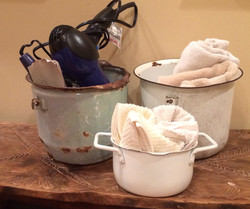 Item: Found jimmy pots
