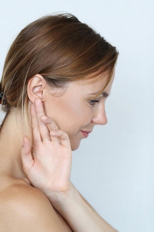 Kulak Yanı Kırışıklığı ve Onarımı.jpg