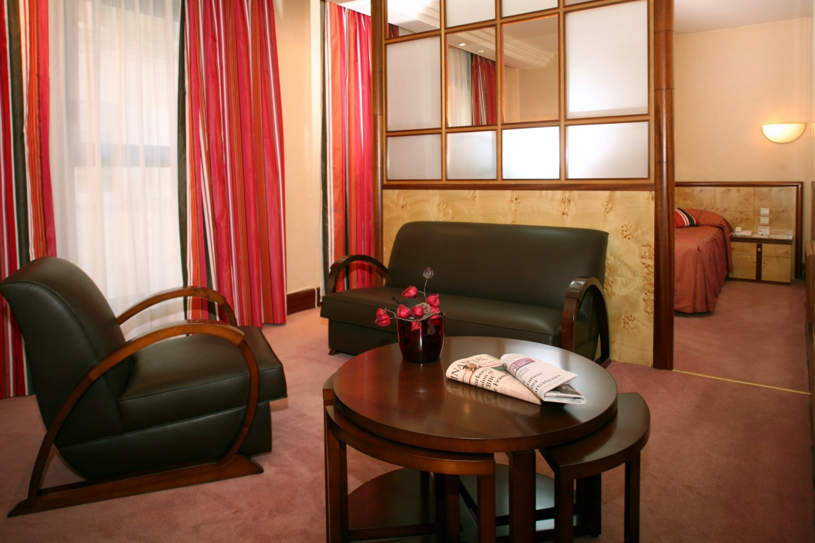 HOTEL  RESTAURANT02 [1600x1200].jpg