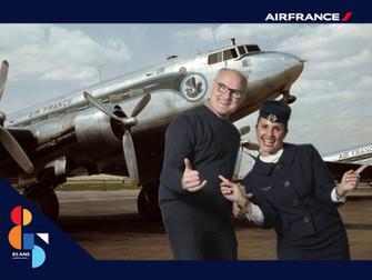 Une grande compagnie aérienne fête ses 85 ans en salle d'embarquement!