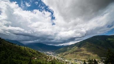 ブータン8月の空。