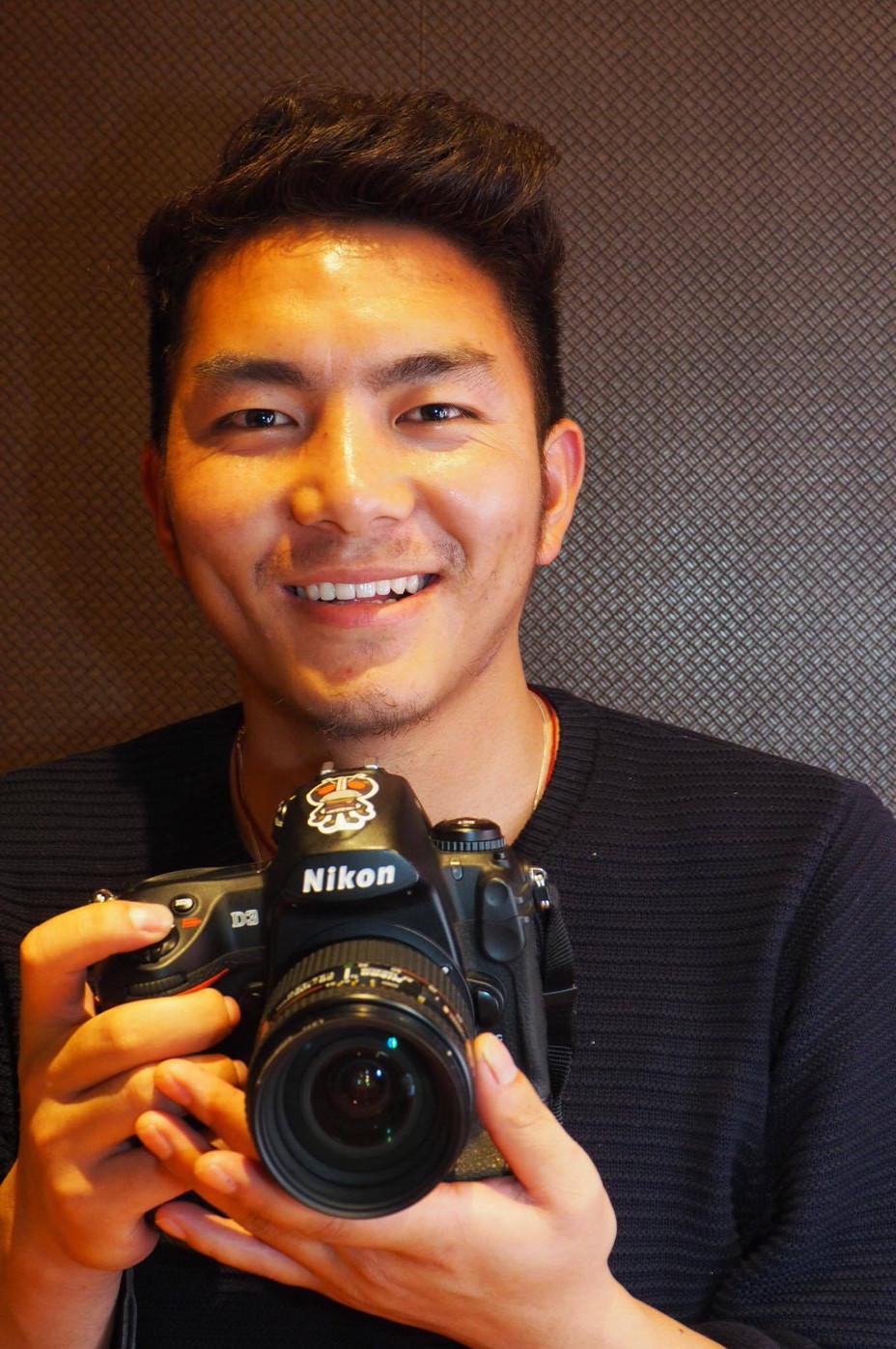ご報告! ブータンの教え子がカメラを手にできました