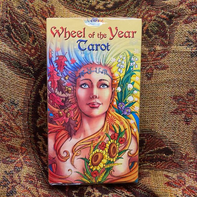 Wheel of the Year Tarot - caratti, maria