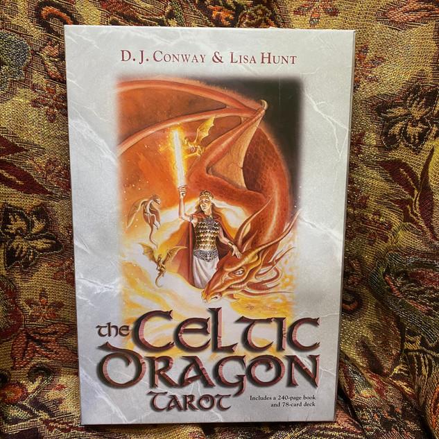 Celtic Dragon Tarot / Conway & Hunt, DJ & Lisa