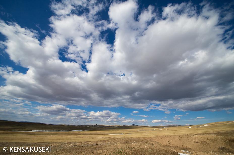 モンゴルは行けども行けども草原