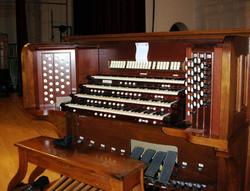 Palladium Skinner console