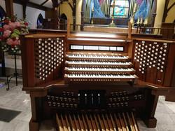 R. J. Rusczyk console/Austin organ
