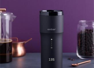 冷底體質女孩不再怕沒熱飲喝 ♡ Ember Travel Mug² 第二代手動控溫質感保溫瓶,咖啡放再久都像現煮一樣順口!
