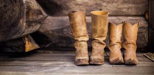 boots-1853964_1920_edited.jpg
