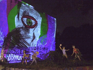 A memorable evening of unofficial projection bombing with live painting in Berlin. 7.10.2016 Llull M