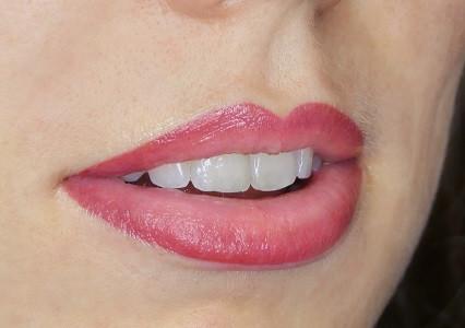 Maquillage permanent lèvres Bordeaux | Marjelaine M