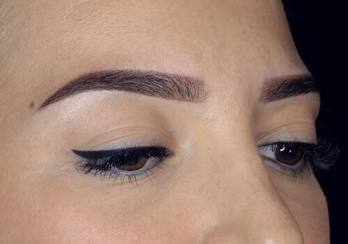 Maquillage permanent sourcil Bordeaux Marjelaine M