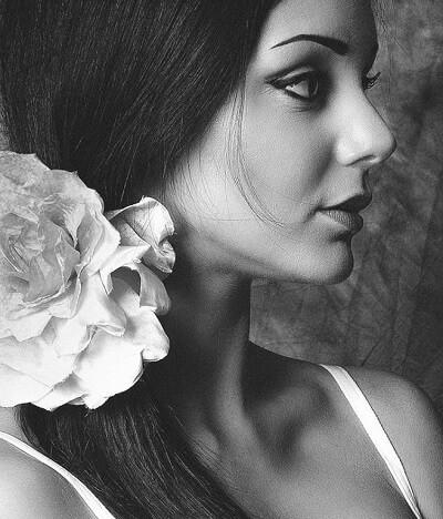 Marjelaine M | Maquillage permanent | A propos