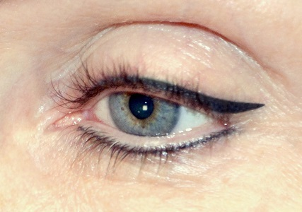Classic_eye_liner_maquillage_permanent