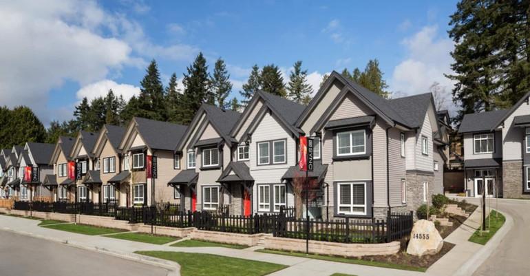 Lakewood town houses.jpg