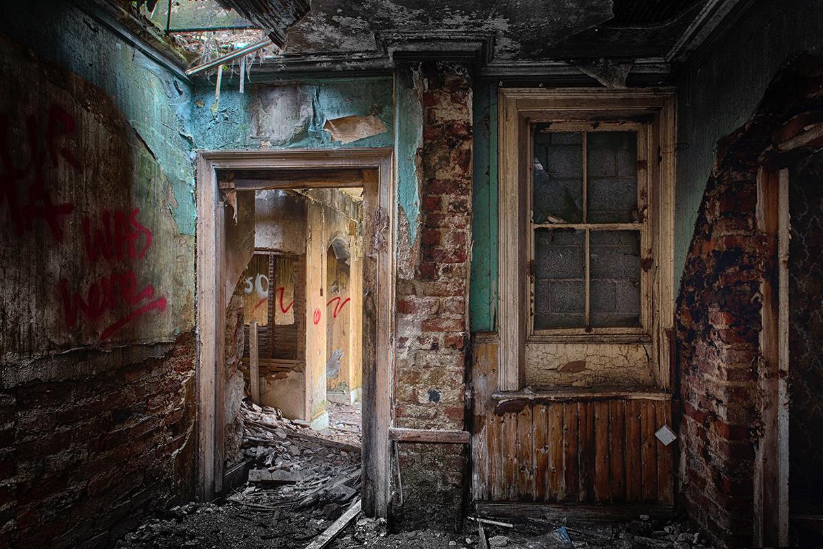 NI - Urban decay 20141218.jpg